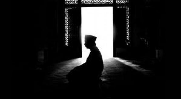 Hukum sholat dan doa pada malam nisfu sya'ban